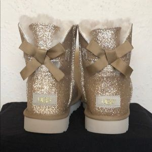Gold Glitter Bailey Bow UGGs ~ Brand New